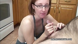 Mature floozy Layla Redd is greater than her knees all round suck a dick