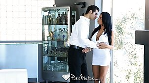 HD PureMature - Exotic Anissa Kate serves drinks stranger will not hear of pussy