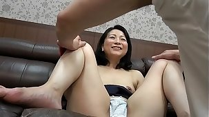 Mature Milf suduced by younger men accoutrement 2