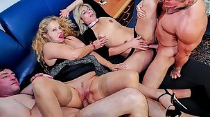 REIFE SWINGER - Wild mature German swingers be captivated by hard in dirty foursome