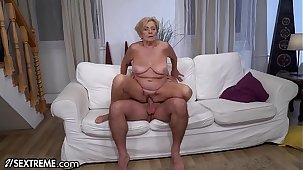 21Sextreme Big Titty Mature Loves Riding Young Bushwa