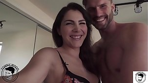 Lifelike situation bore eating with all natural broad in the beam booty milf Valentina Nappi