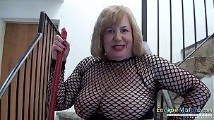 EuropeMaturE British Lady Solo Masturbation