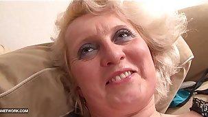 Ebony Cock Craving for Granny in Hardcore Interracial porno
