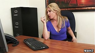 Erotic MILF Boss Stevie Lix Seduces Young Employee