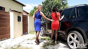 Luxury Foot Fetish sluts Anissa Kate & Ani Blackfox Charge from Outdoors