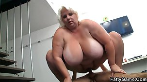 Big tits blonde sucks and rides find out photosession