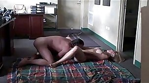 Sharp practice Milf Comes To His Daytime Office For Intercourse