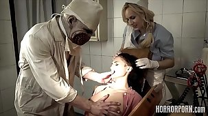 HORRORPORN - Dentist