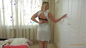 Tricky sexual experience fro your Hot Milf AUNT!!!