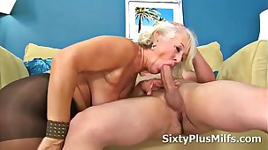 Mature Lady Gets Banged at the end of one's tether a Youthful Cock